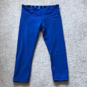 Reversible Lululemon Crop